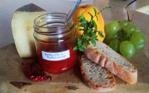 Ricetta della marmellata di peperoncino per formaggi toscani