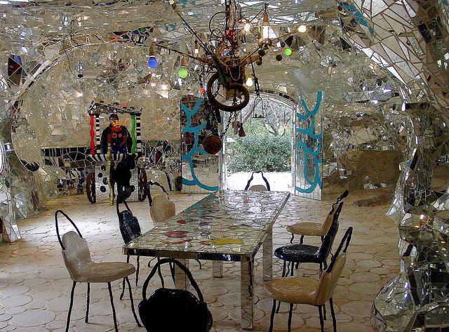 Casa di Niki de Saint Phalle - Giardino dei tarocchi - la sfinge